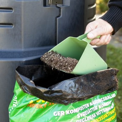 030010/Skopa för Kompostströ